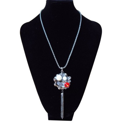 http://www.magasin-grossiste.com/1250-thickbox/collier-cristal.jpg