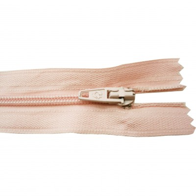 http://www.magasin-grossiste.com/2597-thickbox/10-fermetures-eclairs-nylon-en-18-cm-rose-clair.jpg