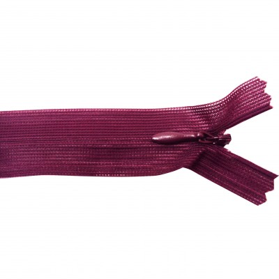 https://www.magasin-grossiste.com/3620-thickbox/10-fermetures-invisibles-nylon-en-20-cm-bordeaux.jpg