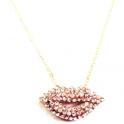https://www.magasin-grossiste.com/3969-thickbox/collier-pendentif-bouche-a-strass.jpg