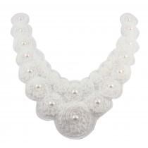 Encolure fleurie à perles - Blanc